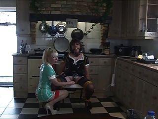 नर्स मैडम सी रसोई में एंजेलिका को फिर से छूटे