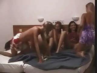 समलैंगिक पार्टी में बिस्तर पर snahbrandy द्वारा