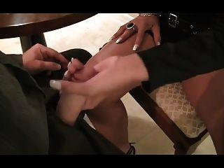 धूम्रपान हाथ का काम