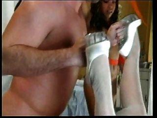 सींग का गोरा नर्स shaves तो यह fucks