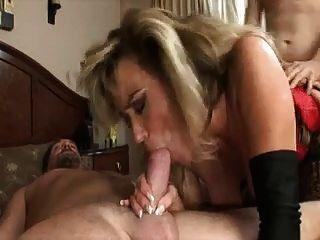 लाल योनी में सुंदर सींग का बना हुआ मिठाई कमबख्त दो लड़कों