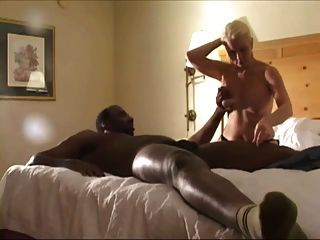 2 काले लंड और रिक्की