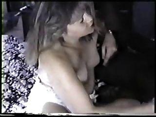 उसके गधे में कमिंग