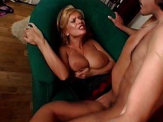 सेक्सी गर्म busty परिपक्व बड़े saggy स्तन