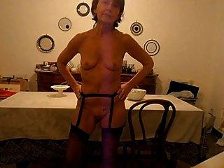 सपना: छोटे खाली saggy स्तन 85