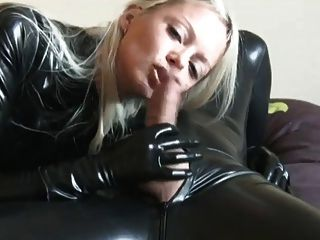 लेटेक्स catsuit