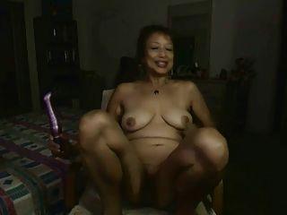 एशियाई महिला भाग 22