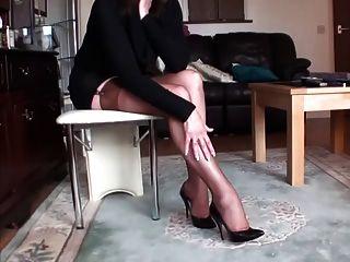 लंबे पैरों में मोज़ा 2