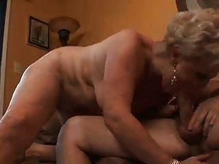 दादी और दादा अच्छा कमबख्त