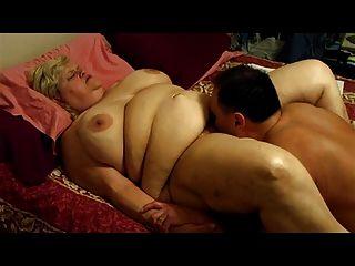 योनि मुखमैथुन, मेरे पेट पर पोकिंग और पति का वुड। 240 241