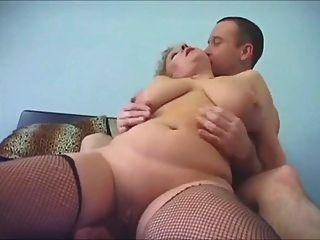 अद्भुत बड़े स्तन milf