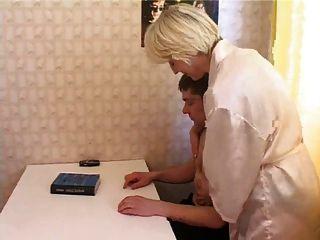 इरीना और रसोई रोमांटिक 2