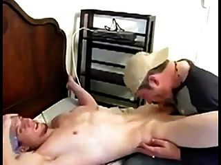 बूढ़े आदमी सीधे twinks seducing