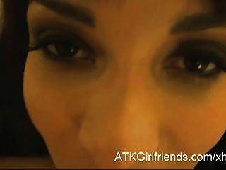 लास वेगास डब्ल्यू क्रीमिया में एनासा केट के साथ आभासी पीओवी की तारीख