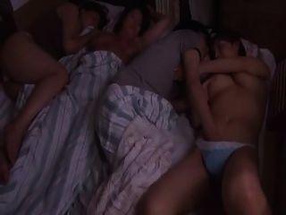 जापानी बड़े स्तन 022