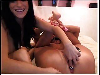 सेक्सी श्यामला खिलौने कैम पर ठाठ बाध्य