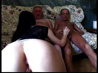 गंदे बूढ़े आदमी भाग 2