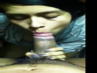 श्री लंका मानेका चेहरे