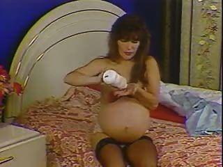 गर्भवती 9 महीने (एनआरआरबी)