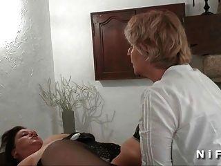 एफएम बीबीडब्ल्यू फ्रेंच परिपक्व गुदा प्लग उसके गधे में अवरुद्ध