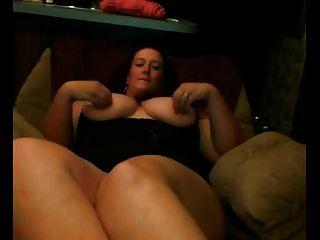 बड़े स्तन के साथ वसा BBW GF उसे बिल्ली दिखा
