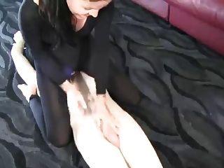 कदम माँ footjob