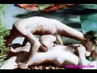 विंटेज पूलसाइड twink समलैंगिक नंगा नाच
