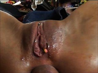 उंगली और गैरेज में dildo