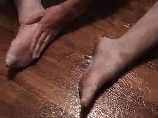 हाथ और पैर का काम