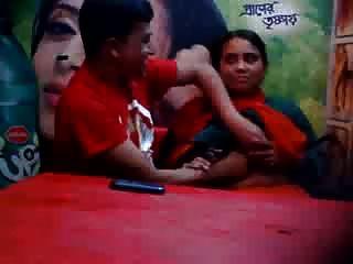 भारतीय धोखा पत्नी
