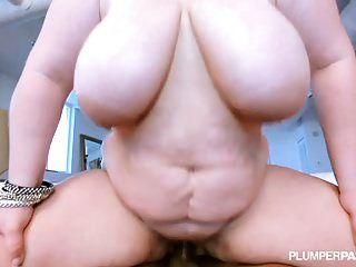 बड़े boobed बीबीडब्ल्यू वोरोनिका वॉन बड़े काले लंड प्यार करता है