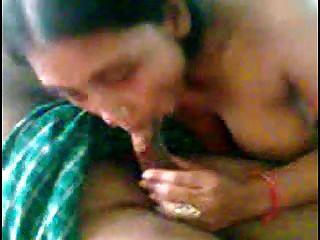 सेक्सी प्यारा भारतीय लड़की के साथ पुरुषों के समूह 2
