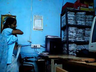 तमिल कार्यालय स्टाफ सेक्स