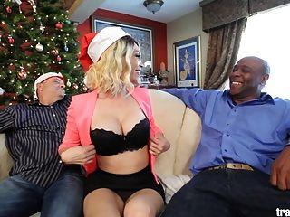 क्रिसमस व्यभिचारी पति दृश्य सुंदर transsexual के साथ