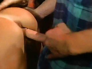 बनी ब्लू गिरोह बैंग (एमोस्ट पूरा)