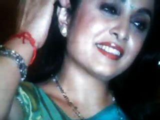 मेरी चाची रामा कृष्णन गर्म