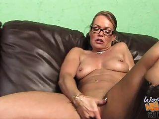 बीबीसी द्वारा प्रयुक्त लानत गर्म सफेद परिपक्व मम्मी