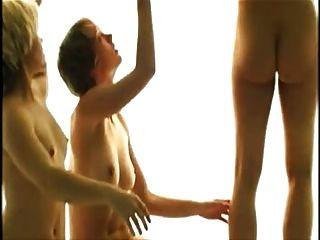 कामुक नृत्य प्रदर्शन 3 स्पर्श की खूबसूरती