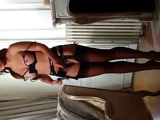 जूलियी स्काईहॉघ 13cm में कमानदार ऊँची एड़ी के जूते और मोज़ा 4marc dorcel
