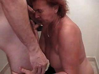 नानी और युवक 3