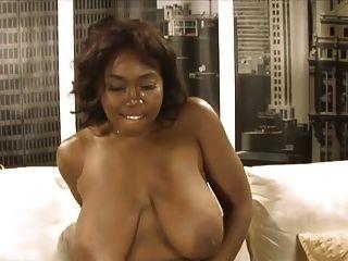 काले डिक एक बड़ा काला स्तन
