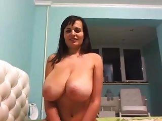 सबसे अच्छा स्तन तुमने कभी देखा है