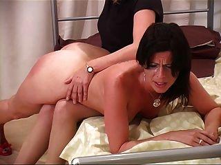 साशा हार्वे spanked (मिस स्मिथ द्वारा)