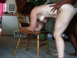 सेक्सी महिला के लिए काले मुर्गा