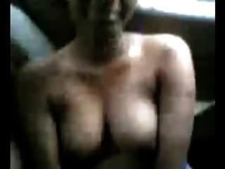 सेक्सी बड़ी गेंद भारतीय लड़की