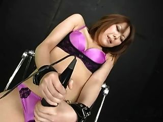 जापानी लड़की को संभोग करने के लिए गड़बड़ (mm1105)