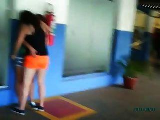 ब्राजील समलैंगिक लड़कियों सार्वजनिक चुंबन