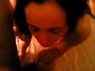 श्यामला यूनानी वेश्या गर्म त्रिगुट गुदा कमबख्त पर चिल्लाती