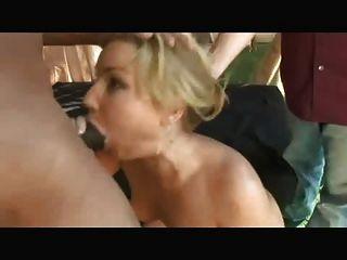 गंदी पत्नी पति के सामने पूल लड़का fucks 1