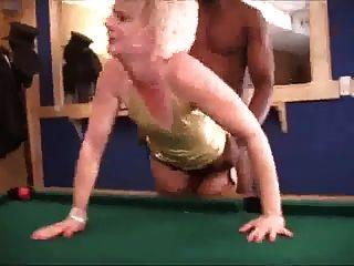 गर्म गोरा पत्नी मोज़ा बीबीसी के साथ काले आदमी विचलित